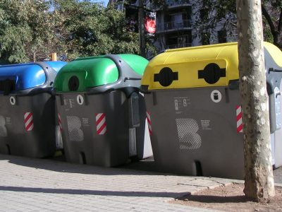 Non-payment by the tenant of the refuse collection rate is a cause for termination of the contract.